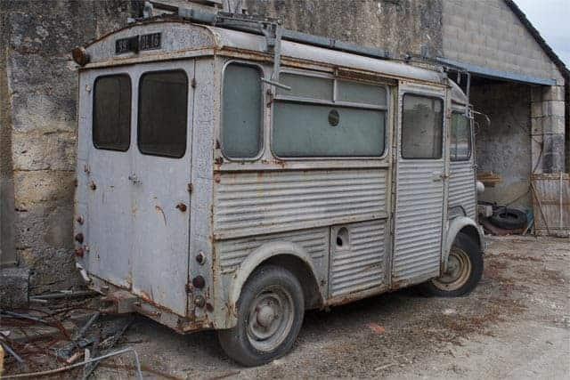 Cognac Old Car
