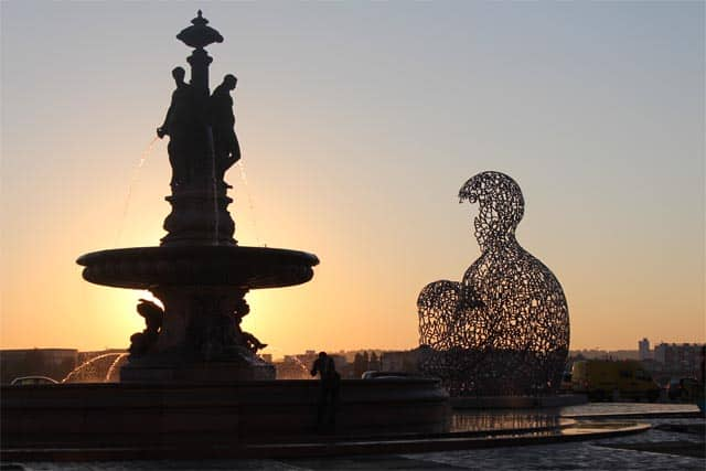 Bordeaux Sunrise - Vindulgeblog.com