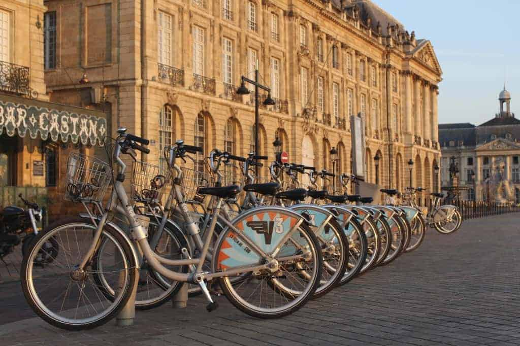 rent a bike in Bordeaux