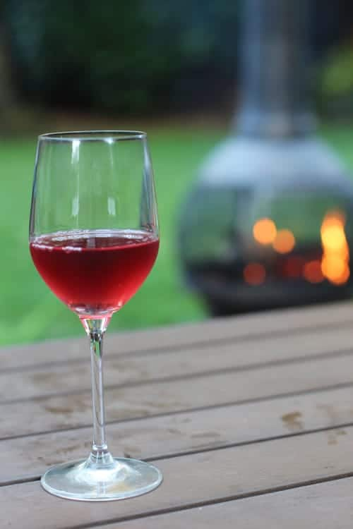 A-wine-for-a-hot-summer-night-by-the-fire