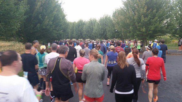 Oregon-Wine-Country-Half-Marathon-start-line