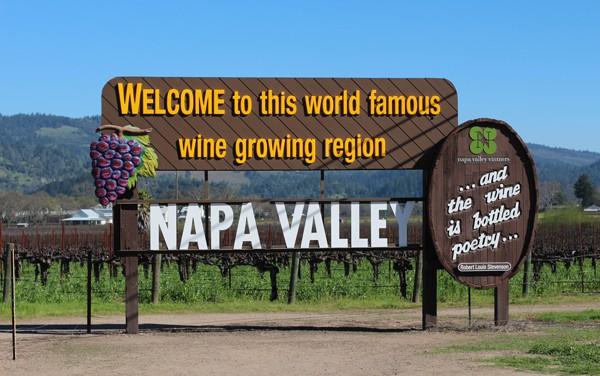 Napa Valley road sign