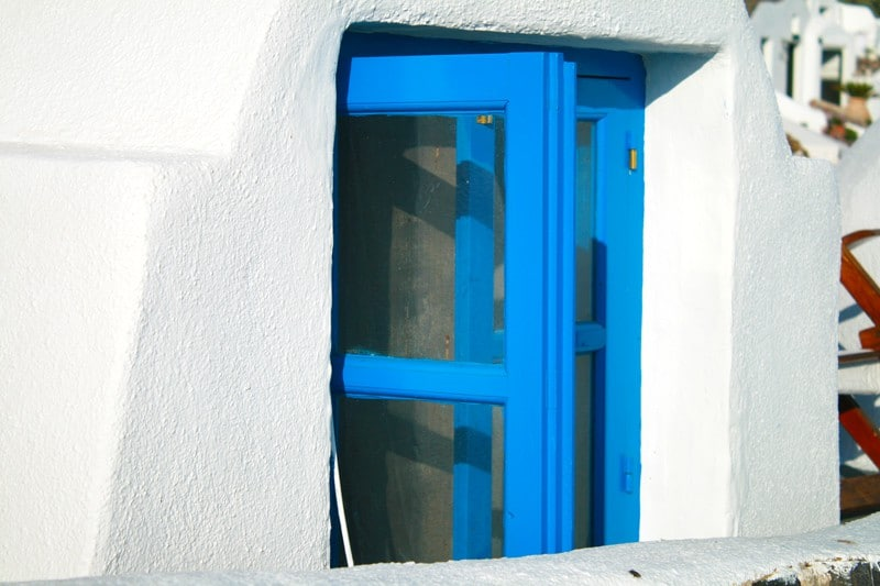 The deep blue colors of Santorini