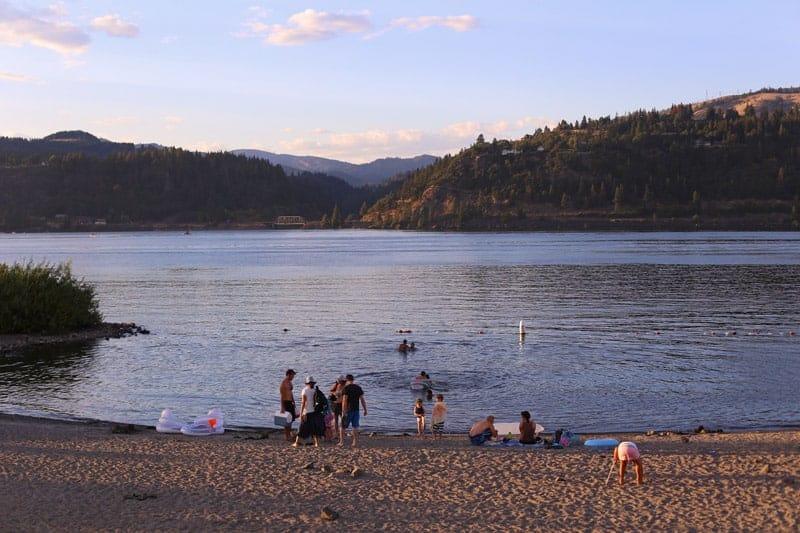 Hood-River-Oregon-Sunset