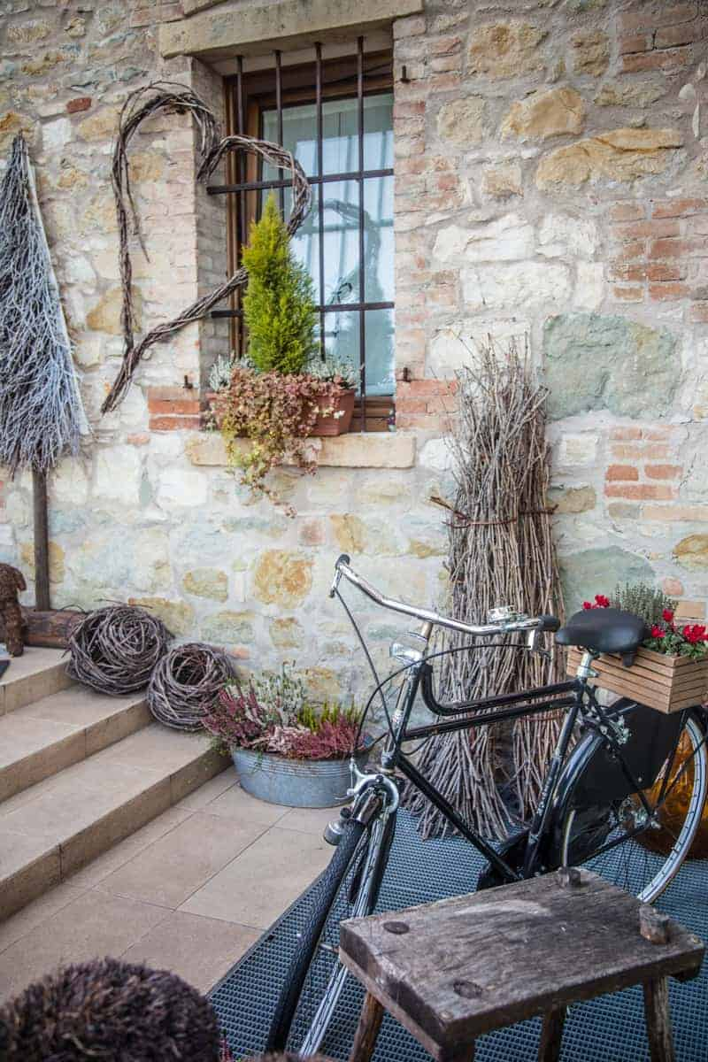 Rustic Bicycle outside of a restaurant in Italy