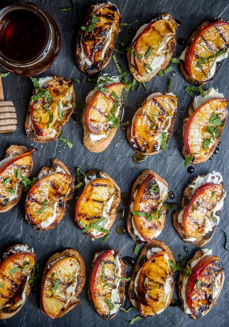 wine pairing for grilled peach crostini