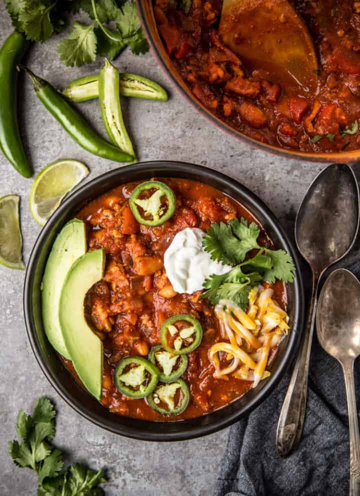 Smoked Turkey Chili with toppings