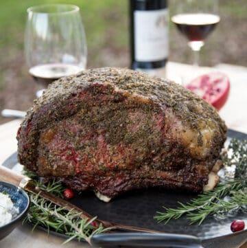 Prime rib roast with wine.
