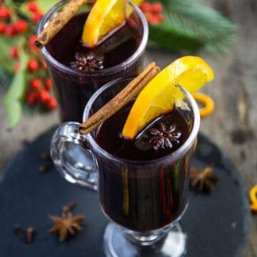 Mulled Wine Holiday Cocktails